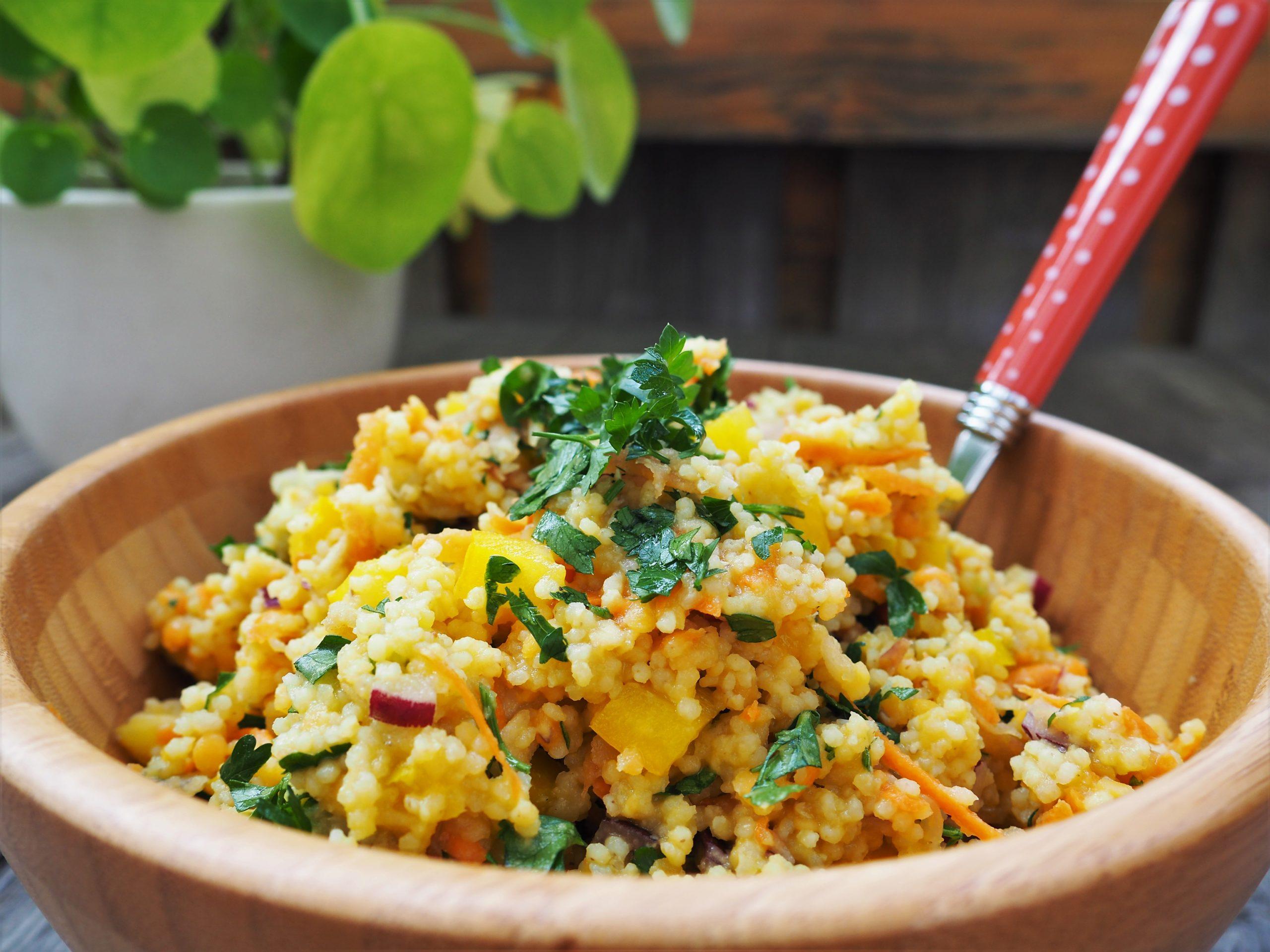 Hirse-Linsen-Salat mit Apfeldressing